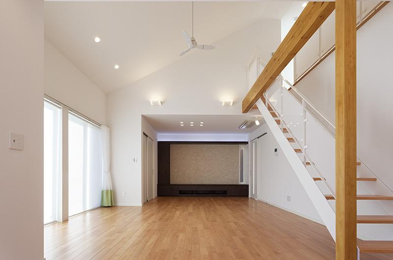 天井も高く設計されており、空間の広さが感じられますね!