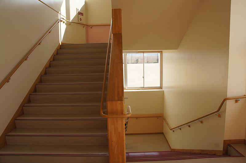 階段の枠材にもご採用頂きました!