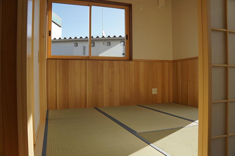 福島県・個人住宅 M様邸 和室の腰壁にご採用頂きました。