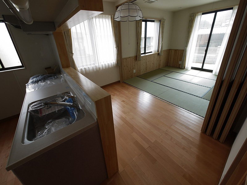 和室とキッチンをつなぐ部分としても違和感がない仕上がりとなっています。